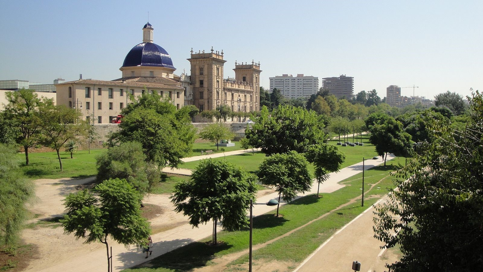 Where to Stay in Valencia: Best Hotels for First Time Visitors in 2017
