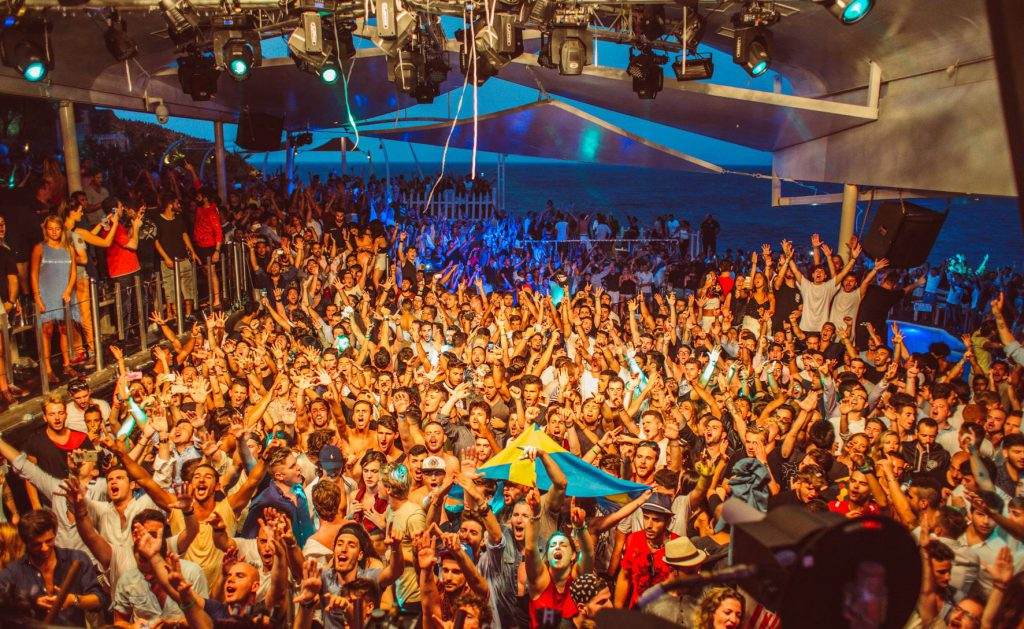 Top things to do in Mykonos - Party at Cavo Paradiso