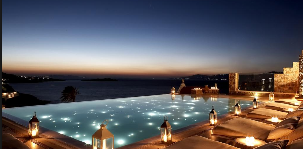 Bill and Coo Suites and Lounge- One of the best 5 star hotels in Mykonos