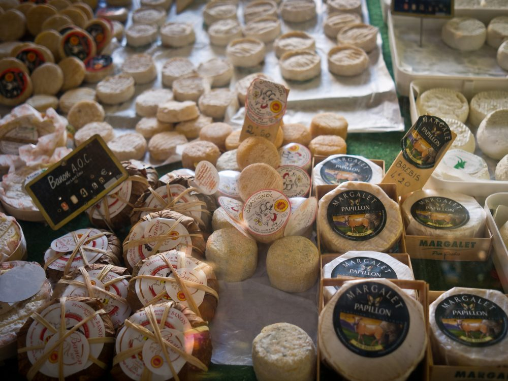 What to Eat in Paris - La Fromage