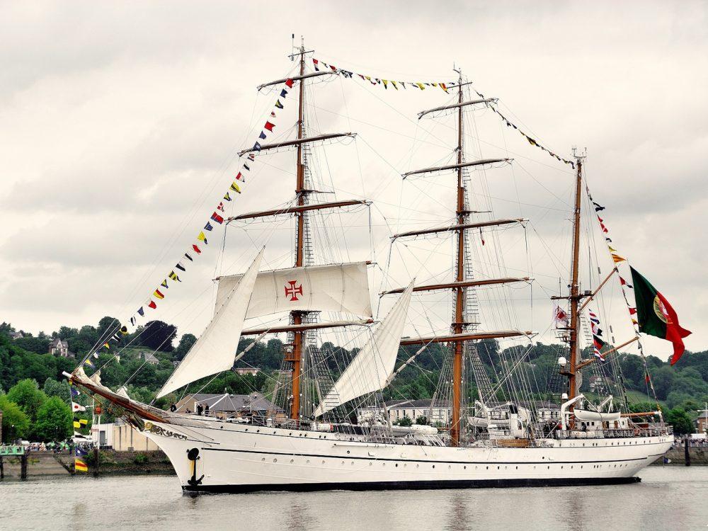 Sailing La Seine