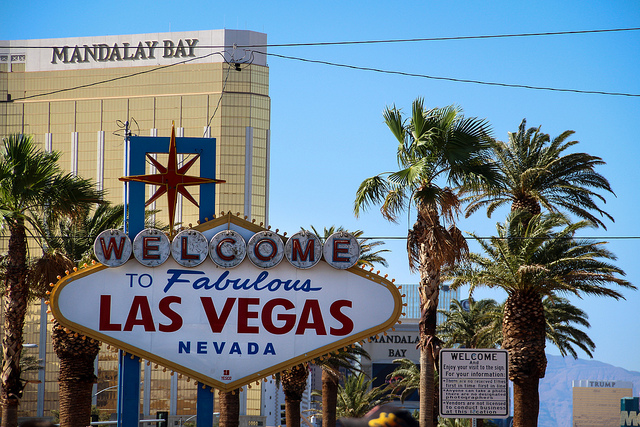 How to save money in Las Vegas