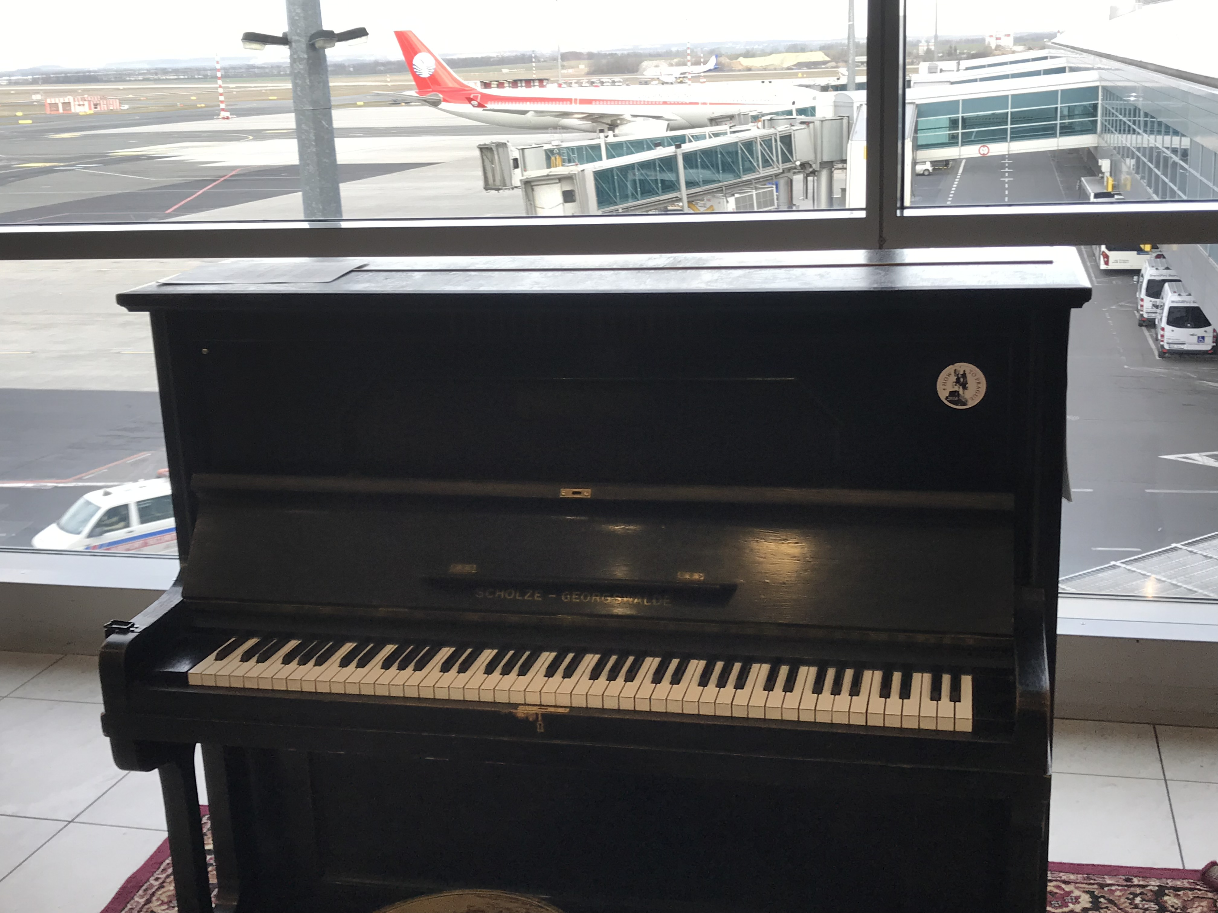 The piano at the Airport of Prague