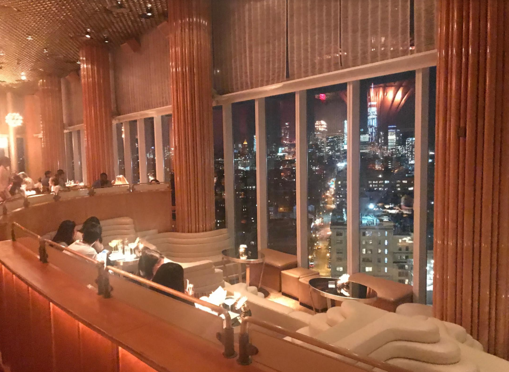 NYC Tips - Visit The bar on the 18th floor of the Standard Hotel